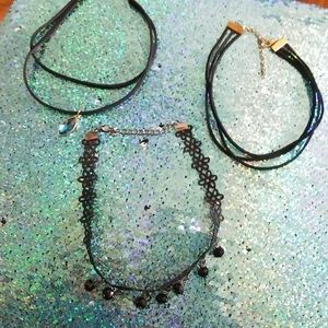 Jewelry - Set of 3 Choker necklaces
